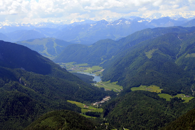 Steinplatte Gipfeltour